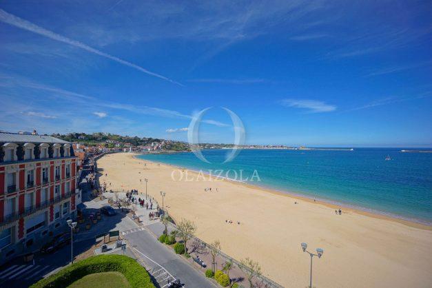 location-vacances-saint-jean-de-luz-appartement-vue-mer-terrasse-trois-couronnes-parking-libre-grande-plage-a-pied-014