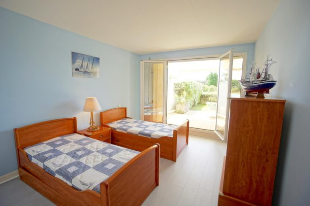 location-vacances-T4-Bidart-ilbarritz-roseraie-vue-mer-plage-parking-piscine - 005
