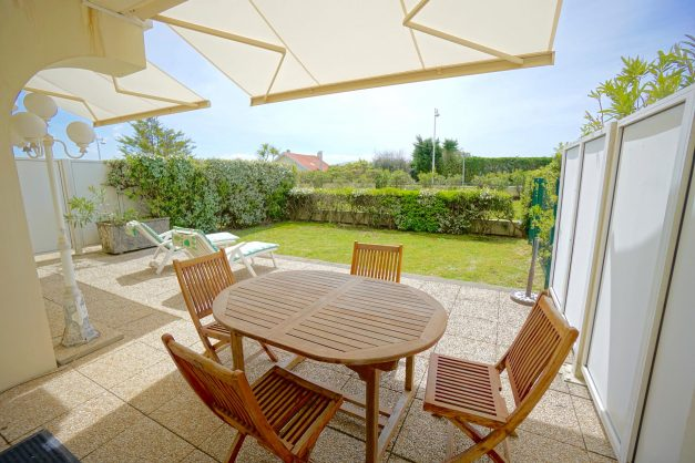 location-vacances-T4-Bidart-ilbarritz-roseraie-vue-mer-plage-parking-piscine - 010