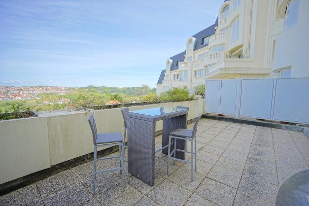 location-vacances-T4-Bidart-ilbarritz-roseraie-vue-mer-plage-parking-piscine - 016