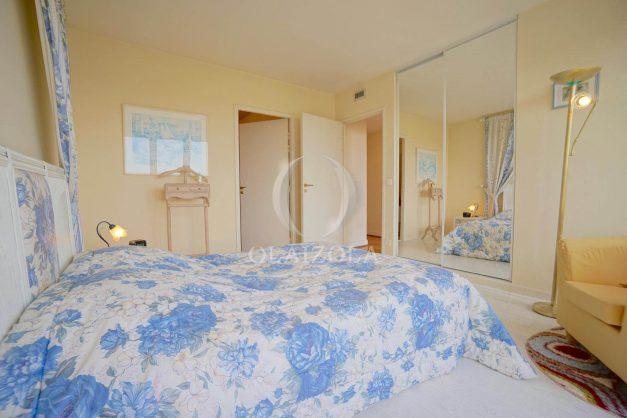 location-vacances-T4-Bidart-ilbarritz-roseraie-vue-mer-plage-parking-piscine-terrasse-balcon-ensoleillee-016