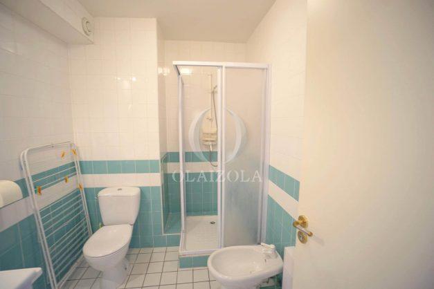 location-vacances-T4-Bidart-ilbarritz-roseraie-vue-mer-plage-parking-piscine-terrasse-balcon-ensoleillee-024
