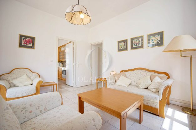 location-vacances-biarritz-appartement-plein-centre-ville-parking-proche-halles-plages-a-pied-012