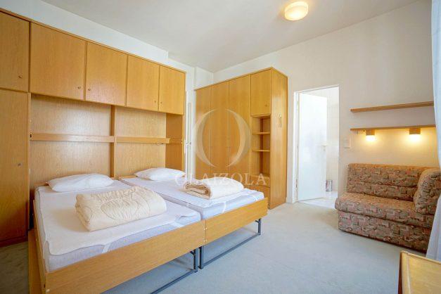 location-vacances-biarritz-appartement-plein-centre-ville-parking-proche-halles-plages-a-pied-025