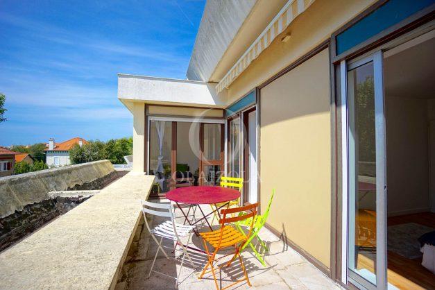 location-vacances-biarritz-appartement-residence-chateau-d-arcadie-proche-centre-ville-plage-alles-garage-terrasse-plein-sud-001