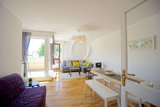 location-vacances-biarritz-appartement-residence-chateau-d-arcadie-proche-centre-ville-plage-alles-garage-terrasse-plein-sud-004