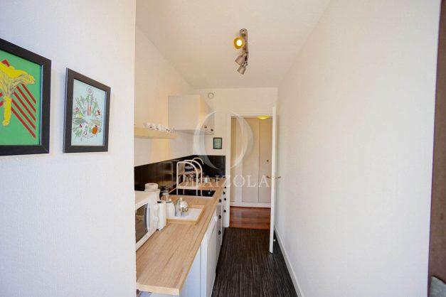 location-vacances-biarritz-appartement-residence-chateau-d-arcadie-proche-centre-ville-plage-alles-garage-terrasse-plein-sud-009