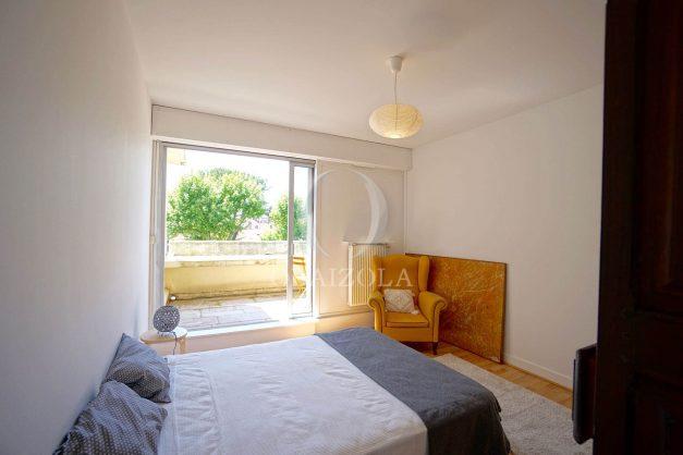 location-vacances-biarritz-appartement-residence-chateau-d-arcadie-proche-centre-ville-plage-alles-garage-terrasse-plein-sud-015