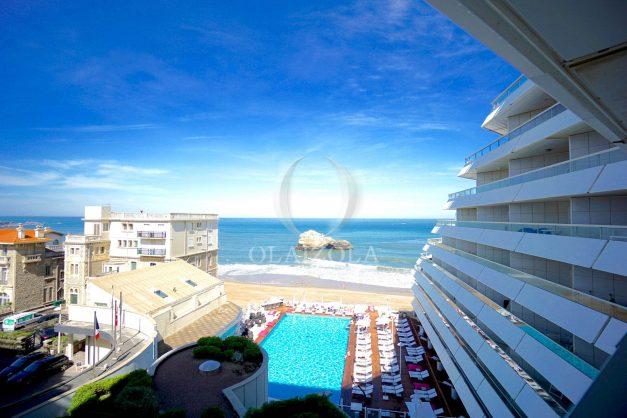 location-vacances-biarritz-studio-vue-mer-miramar-terrasse-centre-ville-plage-a-pied-001