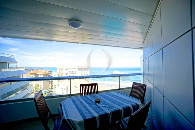 location-vacances-biarritz-studio-vue-mer-miramar-terrasse-centre-ville-plage-a-pied-004