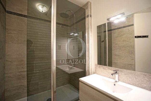location-vacances-biarritz-studio-vue-mer-miramar-terrasse-centre-ville-plage-a-pied-011
