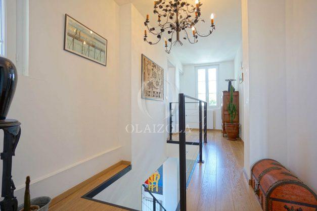 location-vacances-biarritz-villa-proche-plage-terrasse-parking-phare-golf-limite-anglet-plein-sud-030