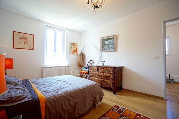 location-vacances-biarritz-villa-proche-plage-terrasse-parking-phare-golf-limite-anglet-plein-sud-033