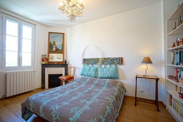 location-vacances-biarritz-villa-proche-plage-terrasse-parking-phare-golf-limite-anglet-plein-sud-038