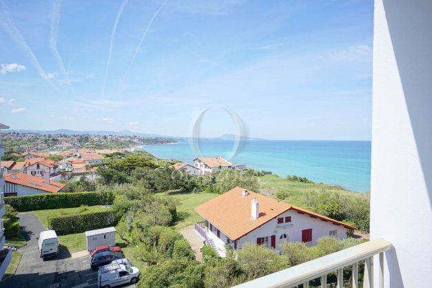 location-vacances-bidart-T2-vue-mer-parking-plages-a-pied-013