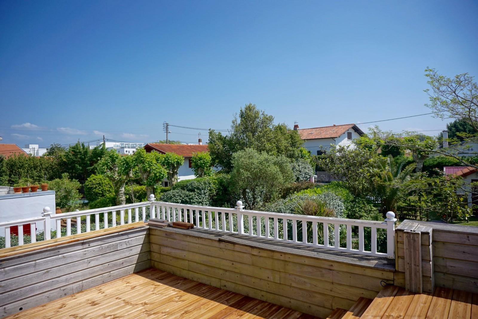 Villa de charme plages a pied agence olaizola for Chambre d amour