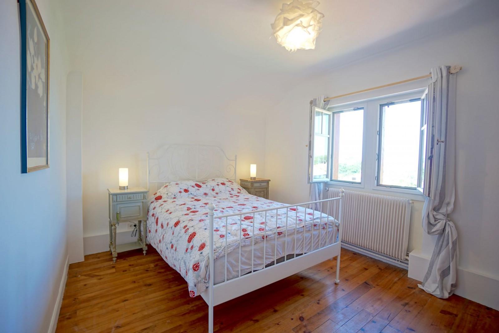 #703E15 VILLA DE CHARME PLAGES A PIED Agence OLAIZOLA  2893 plage de la petite chambre d'amour anglet 1600x1067 px @ aertt.com