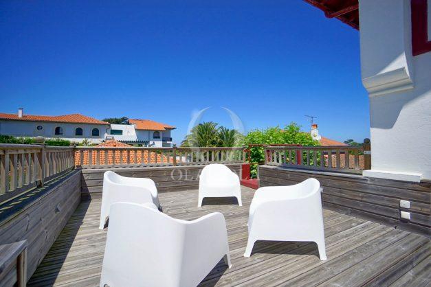 location-vacances-anglet-maison-vue-mer-chambre-d-amour-10-personnes-terrasses-parking-jardin-ensoleillee-2019-034