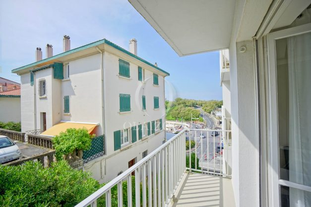 location-vacances-biarritz-appartement-2-chambres-parking-port-vieux-balcon-proche-plage-7