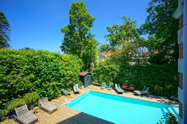 location-vacances-biarritz-villa-chateau-piscine-parc-d-hiver-parking-jardin-terasse-001