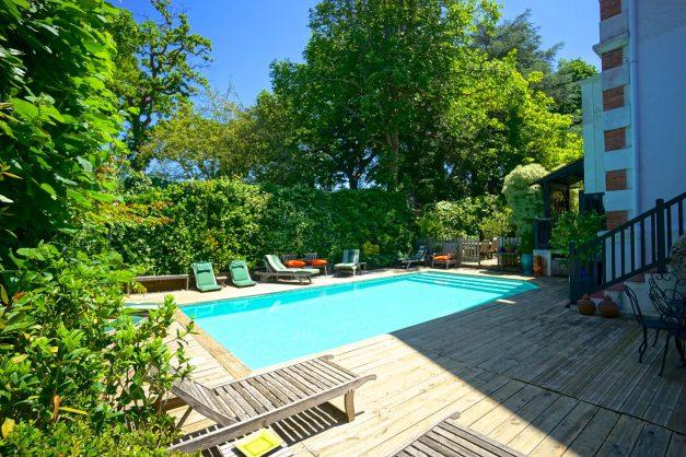 location-vacances-biarritz-villa-chateau-piscine-parc-d-hiver-parking-jardin-terasse-007
