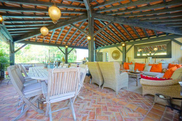 location-vacances-biarritz-villa-chateau-piscine-parc-d-hiver-parking-jardin-terasse-015