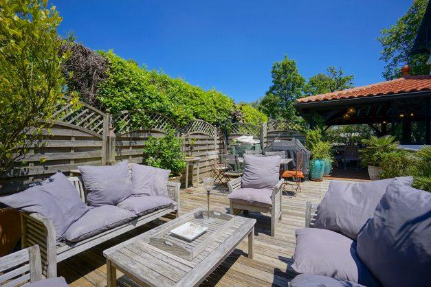 location-vacances-biarritz-villa-chateau-piscine-parc-d-hiver-parking-jardin-terasse-019