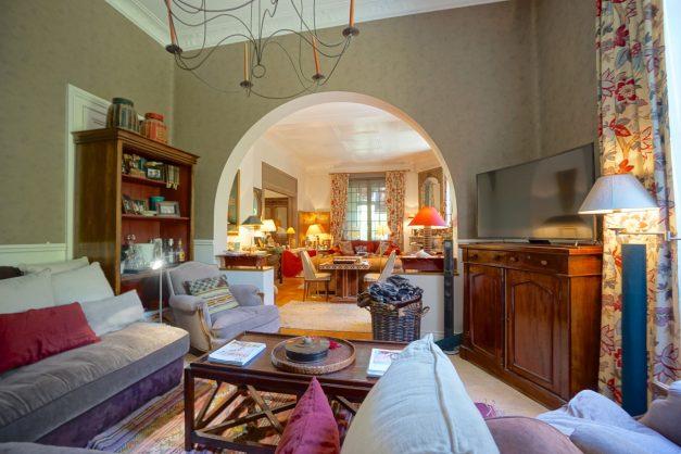 location-vacances-biarritz-villa-chateau-piscine-parc-d-hiver-parking-jardin-terasse-039