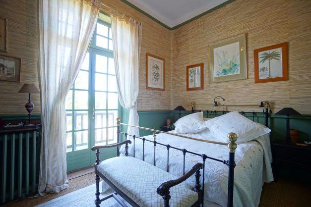 location-vacances-biarritz-villa-chateau-piscine-parc-d-hiver-parking-jardin-terasse-063
