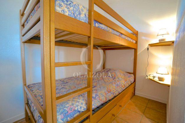 location-vacances-T2-1er etage-terrasse-piscine-parking-Biarritz-ilbarritz-milady-plage-a-pied-007