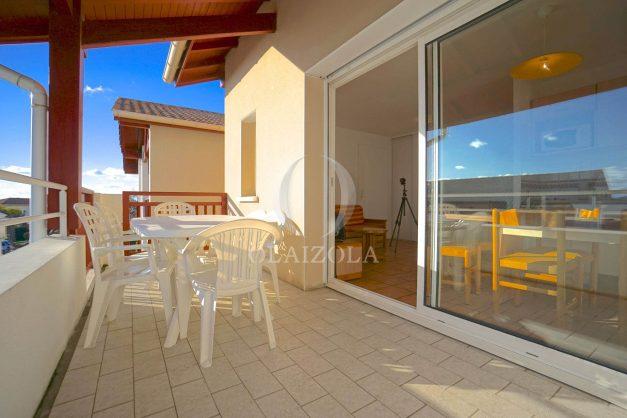 location-vacances-T2-1er etage-terrasse-piscine-parking-Biarritz-ilbarritz-milady-plage-a-pied-010