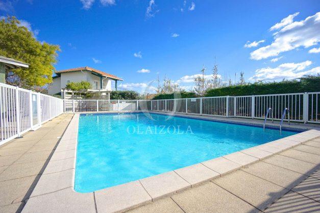 location-vacances-T2-1er etage-terrasse-piscine-parking-Biarritz-ilbarritz-milady-plage-a-pied-021