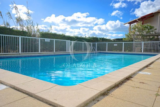 location-vacances-T2-1er etage-terrasse-piscine-parking-Biarritz-ilbarritz-milady-plage-a-pied-022