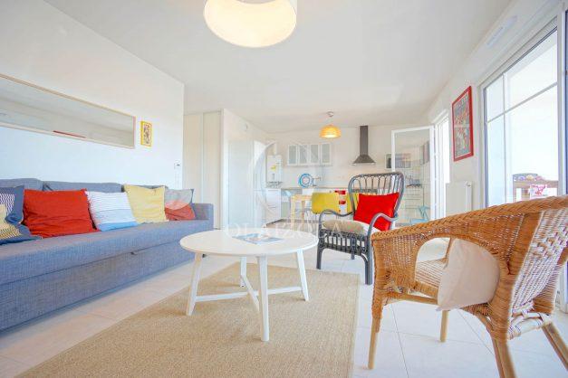 location-vacances-T3-bidart-terrasse-sud-ensoleillee-parking-plage-a-pied-017