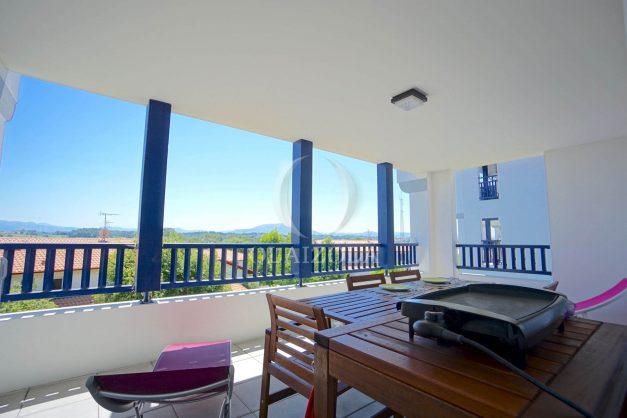 location-vacances-T3-bidart-terrasse-sud-ensoleillee-parking-plage-a-pied-023