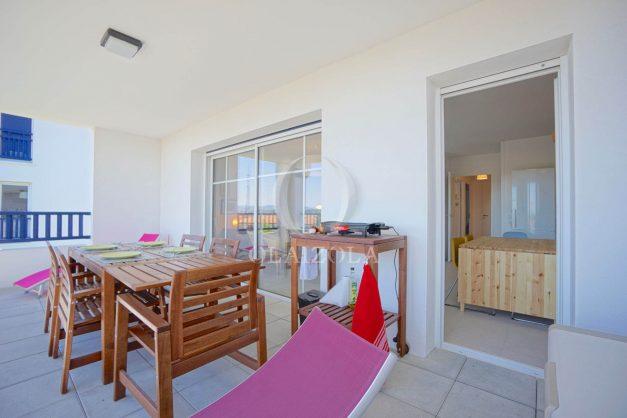 location-vacances-T3-bidart-terrasse-sud-ensoleillee-parking-plage-a-pied-024