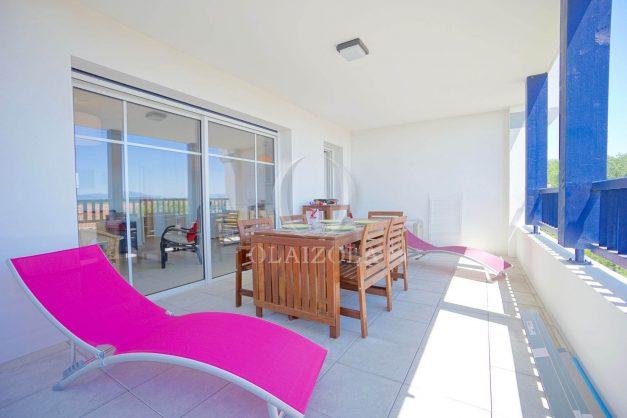 location-vacances-T3-bidart-terrasse-sud-ensoleillee-parking-plage-a-pied-025