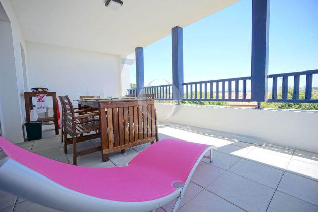 location-vacances-T3-bidart-terrasse-sud-ensoleillee-parking-plage-a-pied-026