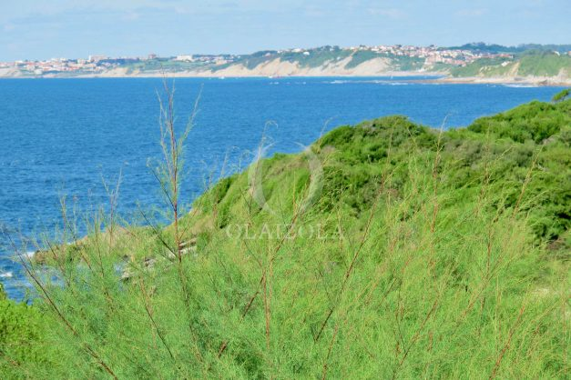 location-vacances-appartement-saint-jean-de-luz-vue-mer-villa-santa-barbara-terrasse-parking-plage-a-pied-021