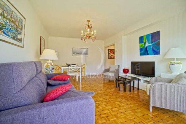 location-vacances-biarritz-appartement-centre-ville-grande-plage-a-pied-balcon-terrasse-ensoleillee-2021-004