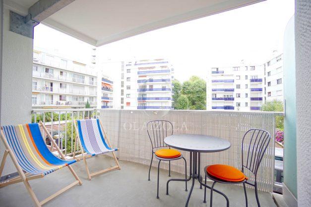 location-vacances-biarritz-appartement-quartier-saint-charles-avec-terrasse-plage-a-pied-001