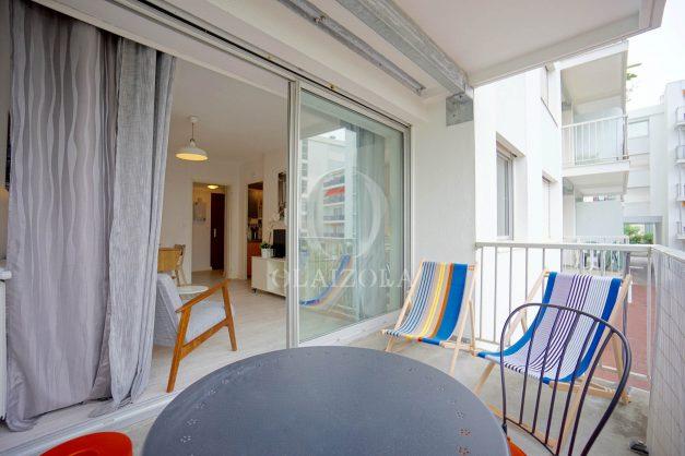 location-vacances-biarritz-appartement-quartier-saint-charles-avec-terrasse-plage-a-pied-002
