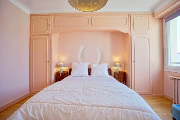 location-vacances-biarritz-appartement-renove-6eme-vue-mer-traversant-centre-ville-tout-a-pied-balcon-024