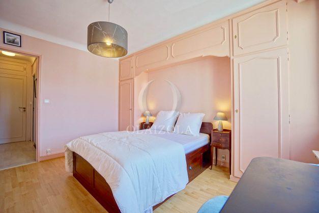 location-vacances-biarritz-appartement-renove-6eme-vue-mer-traversant-centre-ville-tout-a-pied-balcon-025