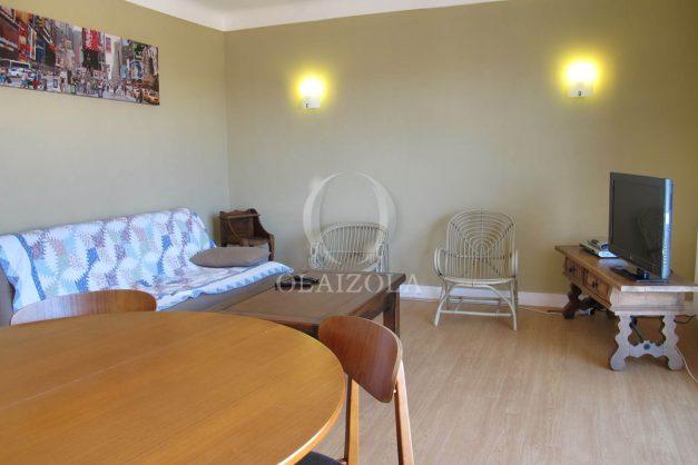 location-vacances-biarritz-centre-ville-balcon-2-chambres-6-personnes-vue-mer-plage-a-pied-004