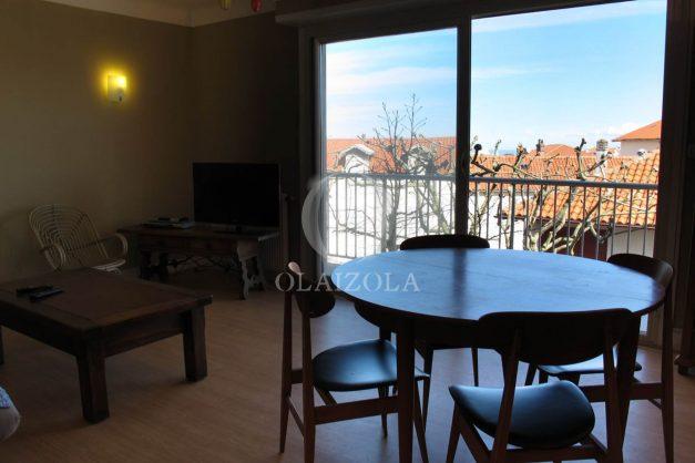 location-vacances-biarritz-centre-ville-balcon-2-chambres-6-personnes-vue-mer-plage-a-pied-006