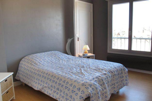 location-vacances-biarritz-centre-ville-balcon-2-chambres-6-personnes-vue-mer-plage-a-pied-014
