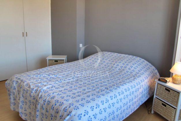 location-vacances-biarritz-centre-ville-balcon-2-chambres-6-personnes-vue-mer-plage-a-pied-015