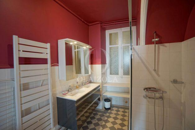 location-vacances-biarritz-3-chambres-grande-plage-coeur-de-ville-plein-centre-parking-plage-a-pied-015