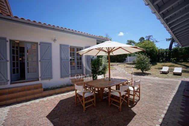 location-vacances-biarritz-villa-mitoyenne-proche-plage-cavalier-anglet-terrasse-barbecue-004